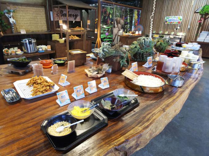 神戸どうぶつ王国のレストラン「バイキングレストラン フラワーフォレスト」